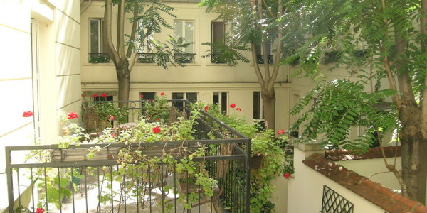 Room on street for one person h tel des bains montparnasse for Hotel des bains paris 14
